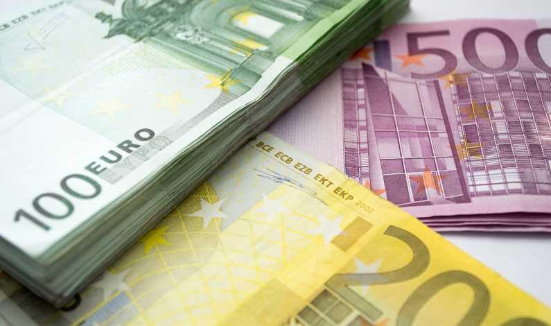 investiții de bani în proiecte online